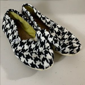 Toms Houndstooth Print Shoes